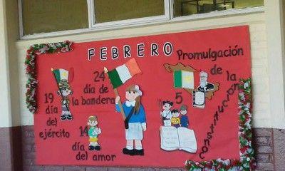 Periodico mural 9 decoraci n de sal n de clases for Mural una familia chicana