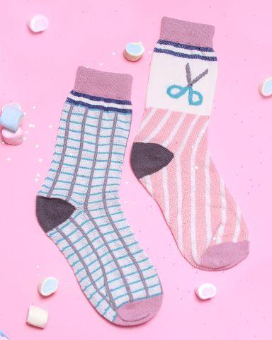 Grid Scissor Socks
