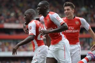Alexis Sanchez and Yaya Sanogo Combine in Style for One-Touch Training Goal | Bleacher Report
