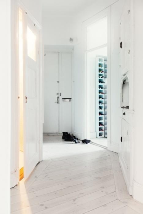 entryway/hallway.