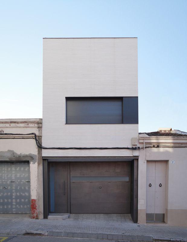 Lepant house, Terrassa. Q D'ARQUITECTURA Miquel Turne qdarquitectura@ya.com www.qdarquitectura.com