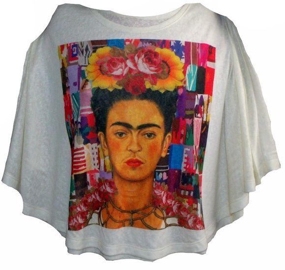 Blusa feita com malha 100% poliester,tamanho único com estampa. R$ 99,00