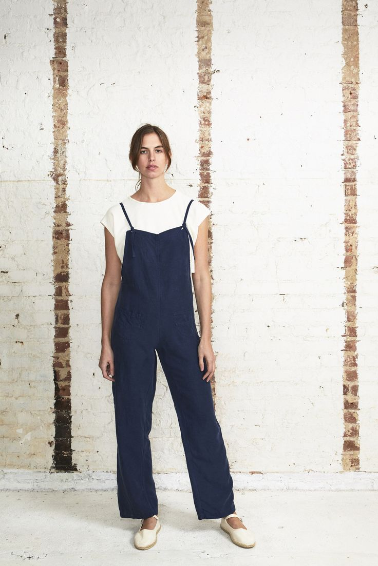 Getting out of town for the day? These OffSeasonNYC painter overalls are perfect for a mini road trip. They are lightweight, airy (cars get stuffy, even with the windows down), and totally comfortable.