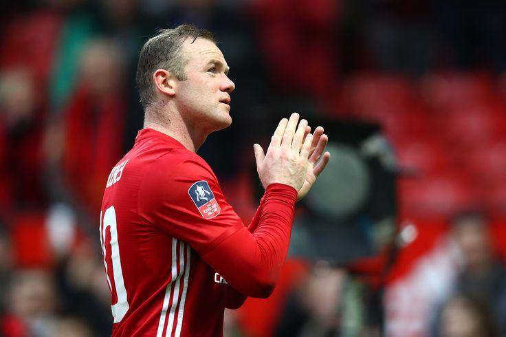 @manutdoff #Rooney 'proud' to equal Charlton goal mark #9ine