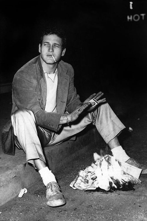 Paul Newman – Was it impossible for him to not look cool? I'm starting to think so. Also, it says hot in the top right corner, haha. Good crop/framing by the photog!