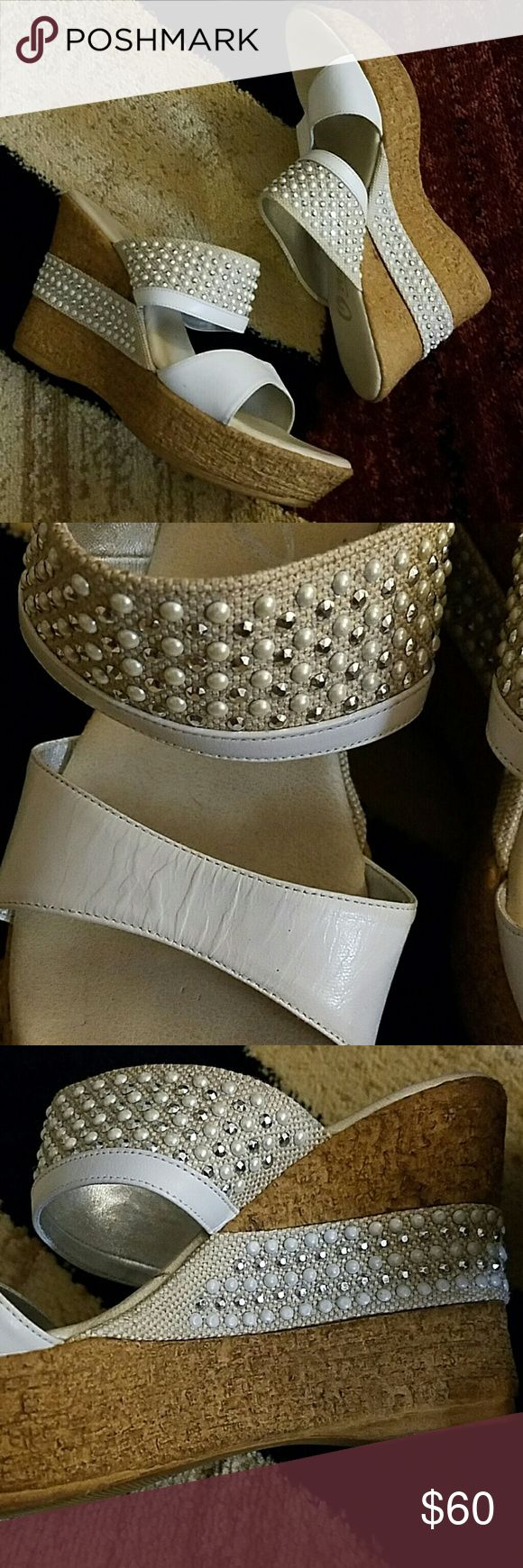 Super cute white Onex wedges size 9 Super cute white Onex wedges size 9. In great condition- hardly worn at all. Really comfy too ?? onex Shoes Wedges