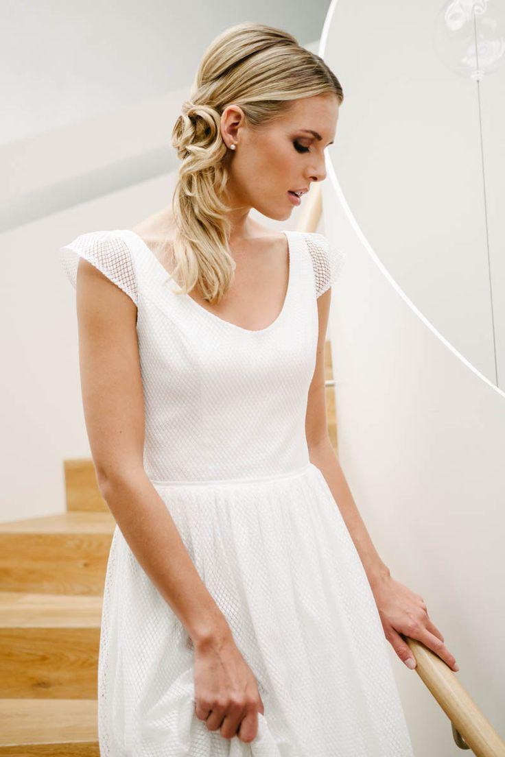 23 best WEDDING / Brautkleider images on Pinterest | Short wedding ...