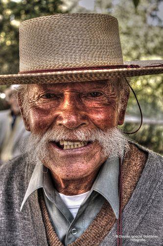 .Old man:Non gli ho permesso di confondermi......................................I have not allowed him to confuse me