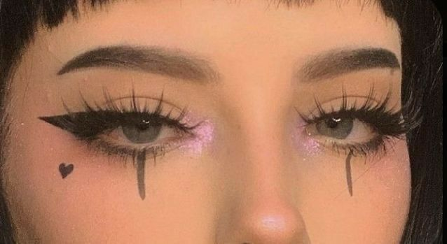 Eyeliner Designs, Eyeliner Styles, Eyeliner Ideas, Nailart, Grunge Makeup, Creative Makeup Looks, Eyeliner Tutorial, Aesthetic Makeup, Aesthetic Grunge