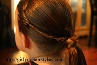 Cute hairstyle for your kids cheerleading game day
