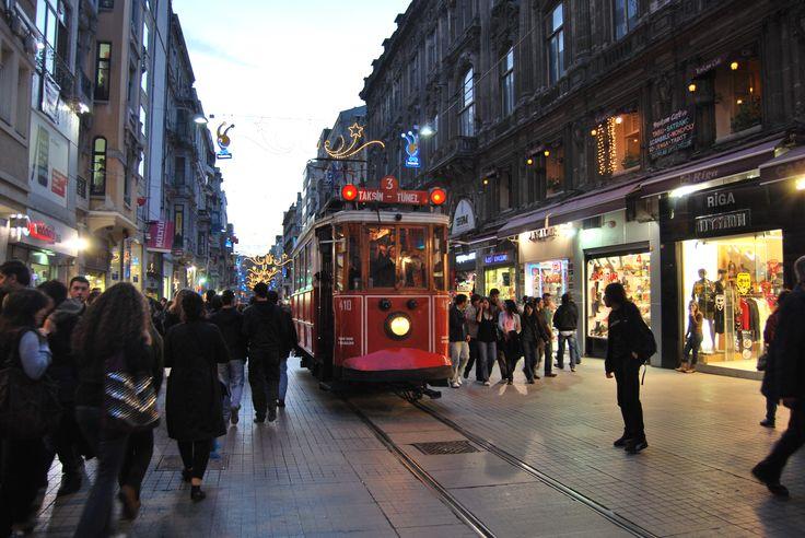 Istanbul / Beyoglu - Istiklal Street