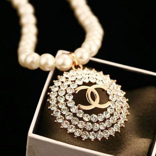 ♥Chanel necklace pearl, pend. gold,diamond