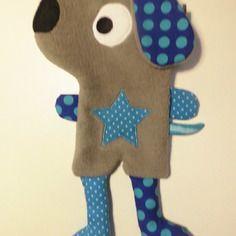 Doudou plat chien taupe et bleu. Cca 20x13 cm