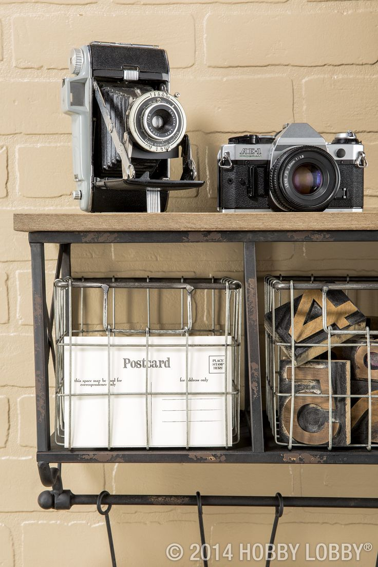 17 best images about shabby cottage home decor on - Camera industrial chic ...