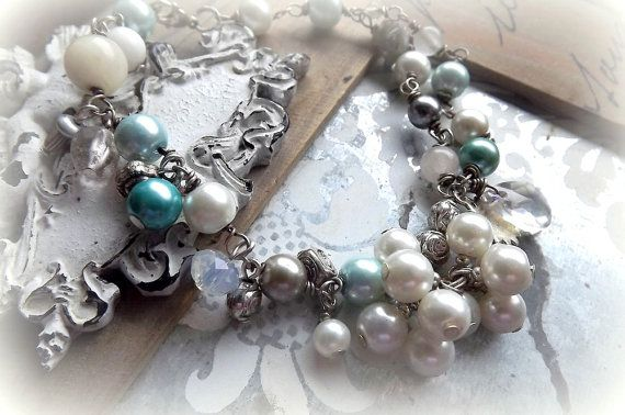 Jewelry Bracelet Pearl Bracelet Retro style by AcoyaJewellery