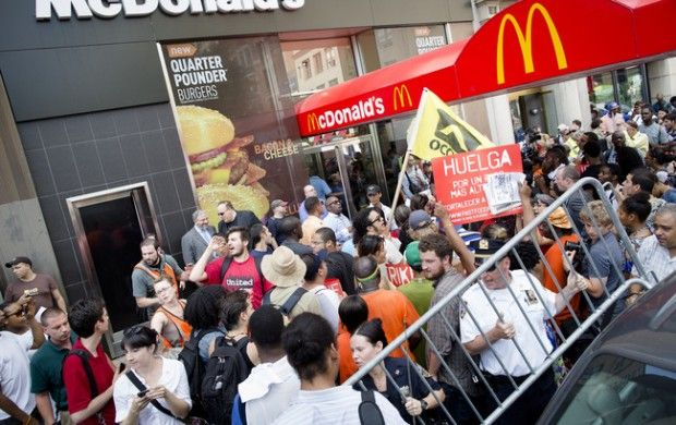Fast-Food Workers Across the Nation Go On Strike, Demand $15 an Hour