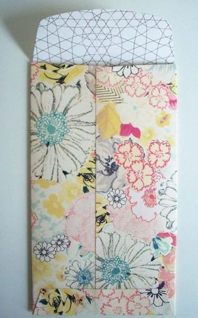 Pocket envelopes - Pattern and description of how to make your own.