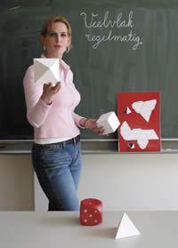 ik wil nu heel graag beeldende vorming lerares worden en mischien ook nog wel engels