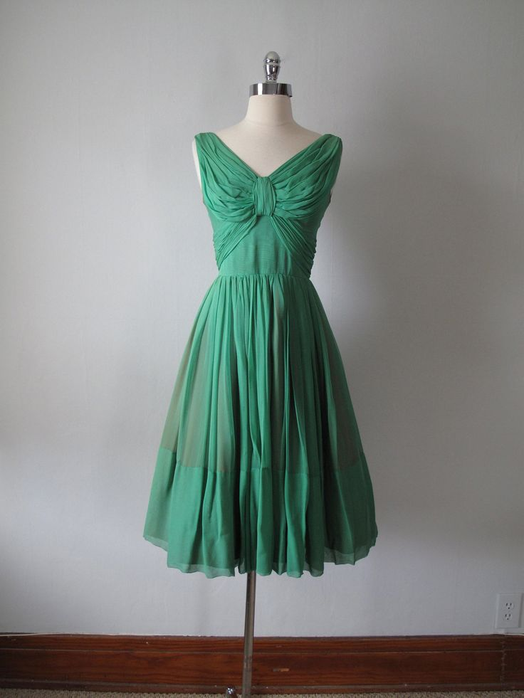 1950s Dress - Emerald Green - Evening Dress by maevintageinc on Etsy https://www.etsy.com/listing/112259366/1950s-dress-emerald-green-evening-dress