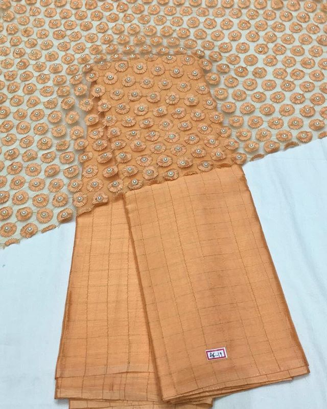Peach crepe Saree with heavy embroidery blouse To purchase this product mail us at houseof2@live.com  or whatsapp us on +919833411702 for further detail #sari #saree #sarees #sareeday #sareelove #sequin #silver #traditional #ThePhotoDiary #traditionalwear #india #indian #instagood #indianwear #indooutfits #lacenet #fashion #fashion #fashionblogger #print #houseof2 #indianbride #indianwedding #indianfashion #bride #indianfashionblogger #indianstyle #indianfashion #banarasi #banarasisaree