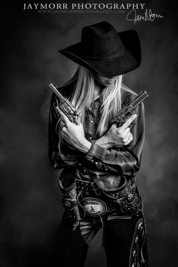 JayMorr Photography Blog. This would be awesome as a senior pic! Gotta go find me another revolver!