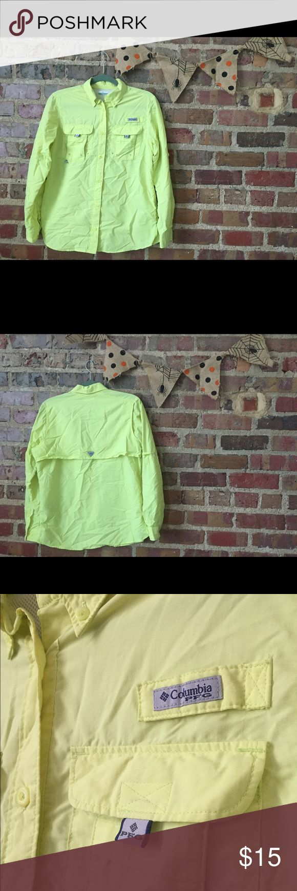 Women's Columbia PFG Shirt Never Worn! This brand new PFG shirt from Columbia is perfect for any outdoor girl. UV protective and comfy, breathable material with pockets galore! Color is Lime Green 🍍 Columbia Tops Button Down Shirts