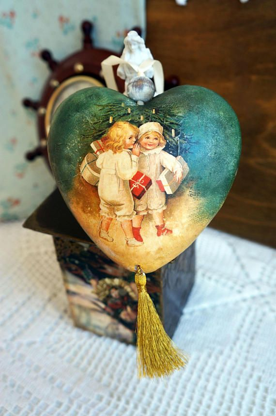 Christmas ornament Christmas tree Heart Victorian style