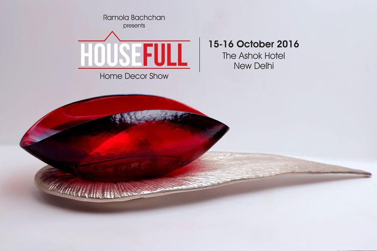 Coming straight from the shores of #Murano, Italy, these glass pieces are bound to become the highlight of any art lover's home. #HouseFullExhibition #Delhi #Furniture #Decor #Interior #Shopping #DelhiExhibition #PremiumBrands #VisitUs