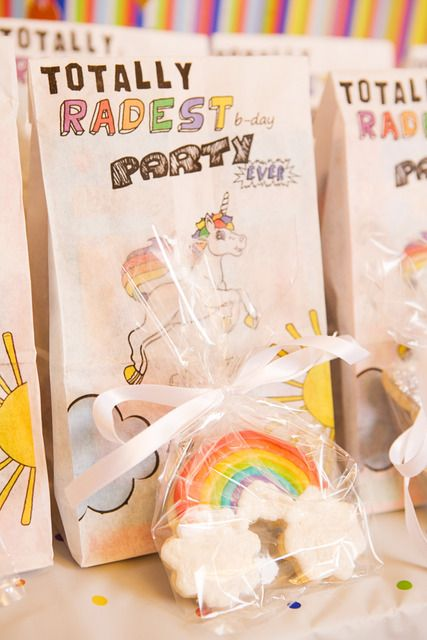 Cute rainbow favors