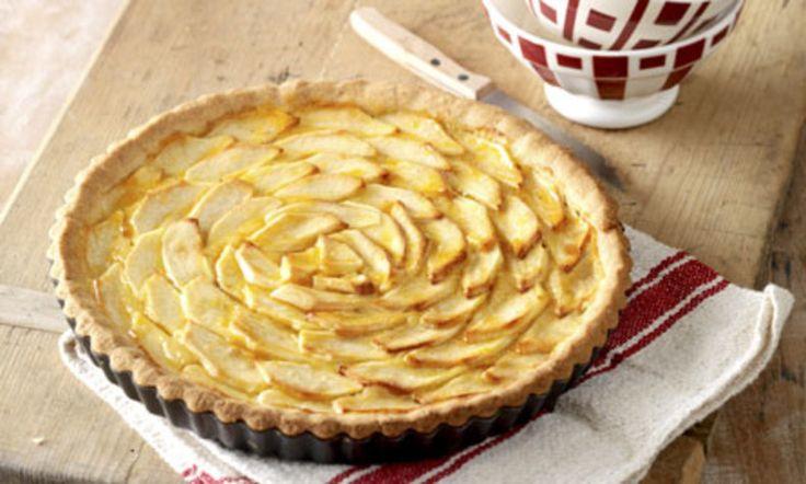 Het is weer appelseizoen! En deze heerlijke Franse appeltaart van Koopmans Bakexpert Saakje leent zich perfect voor het bakken met deze lekkere appels.