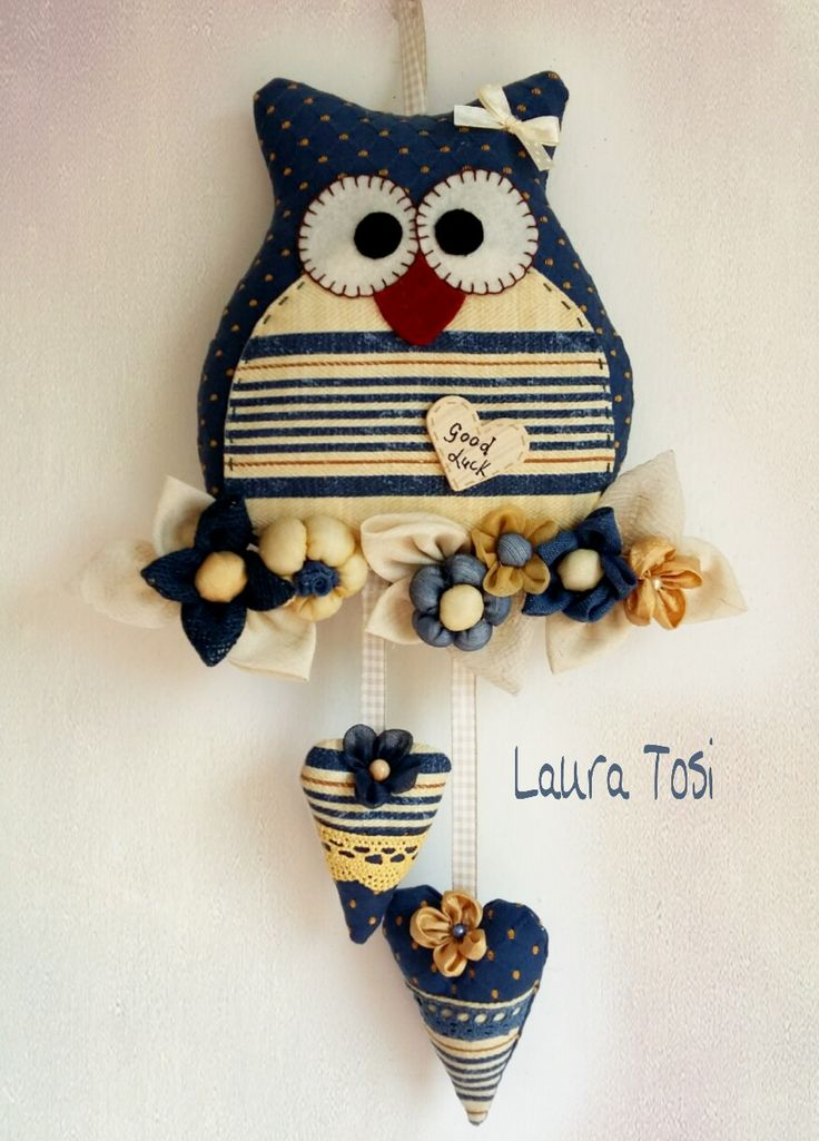 Gufetto Good luck by Laura Tosi https://www.facebook.com/fattoconamorelaura #cucitocreativo #cucitoamano #artesanato #creativas #handmadewhitlove #creativemamy #handmade #lemaddine #owl #lovehandmade #goodluck