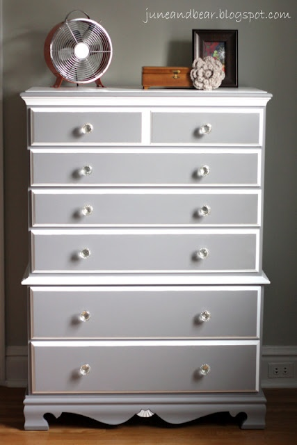 Diy Painted Wood Dresser With Sherwin Williams Grey Pewter Cast Paint Color Benjamin Moore White Chantilly Lace It Tutorials