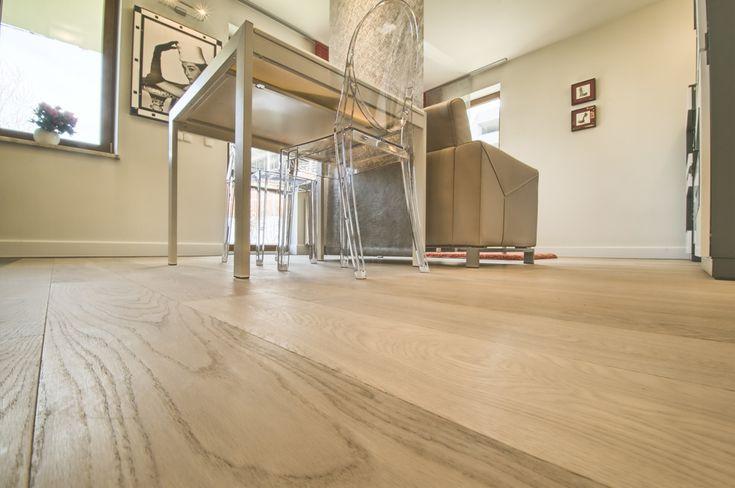 Select grade engineered oak wood flooring.  CORNSILK form Unique Bespoke Wood collection.