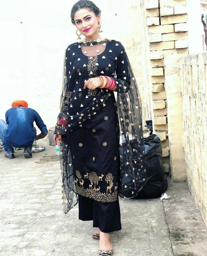 20a6eea748 Pinterest: @pawank90 | Sharara and Palazzo | Plazzo suits, Indian ...