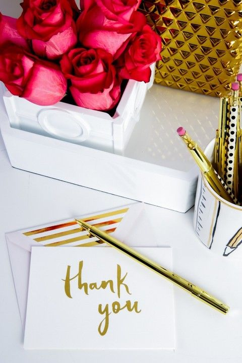 It's so important to thank the people we love for the amazing things they do for us. This stylish #KateSpade thank you notes is perfect for helping you to do just that. Available now at #shoprubyfrank.