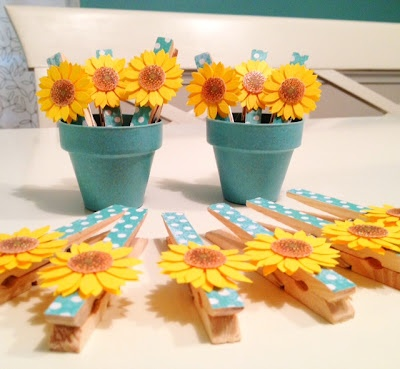 clothespin embellished with flowers (good way to use up my silk flowers stash)
