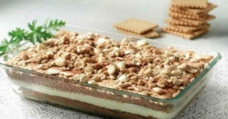 Απίθανο γλυκό  ψυγείου, μια εναλλακτική πανεύκολη εκδοχή του αγαπημένου μς μιλφέιγ, με πτι μπερ και σοκολάτα! Φτιάξτε το και απολαύστε το! ...