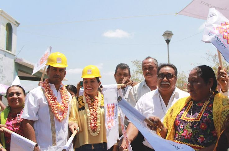Ayuntamiento de Santo Domingo Tehuantepec arranca trabajos de remodelación en el Panteón Dolores