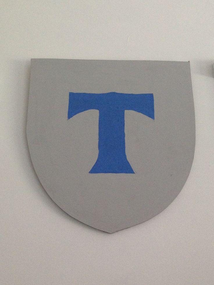 boys homemade blue grey castle bedroom shield - Blue Castle Decor