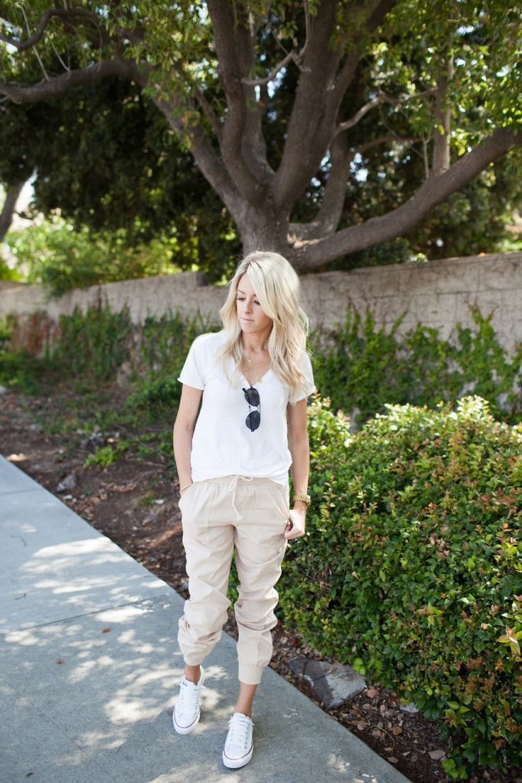 Jogger Pants Styled Two Ways - Kailee Wright
