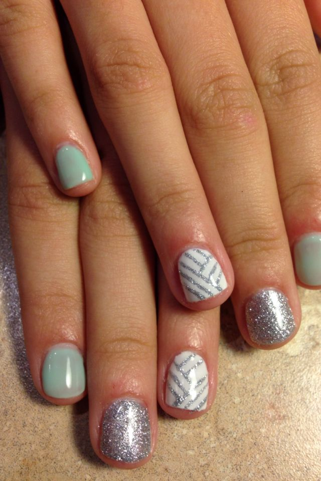 volleyball nails @Makayla King  we need to do this when we go to Penn!!!!