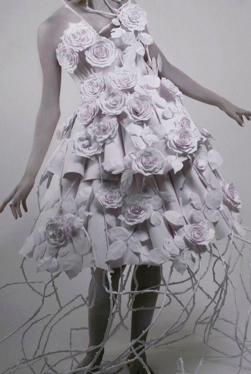 Paper dress!  #paper, #dress, #roses