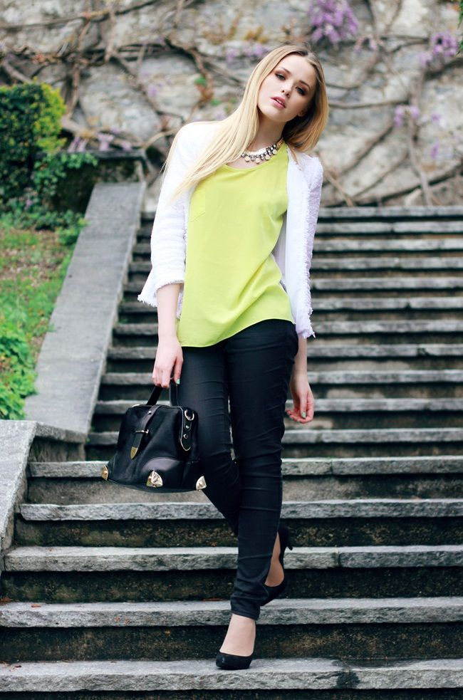 White Chanel Jacket , black jeans, chartruse tank, black heelsBlack Skinny, Style Inspiration, White Jackets, Romantic, Black Heels, Black Jeans, Style Fashion, Neon Yellow, Comforters