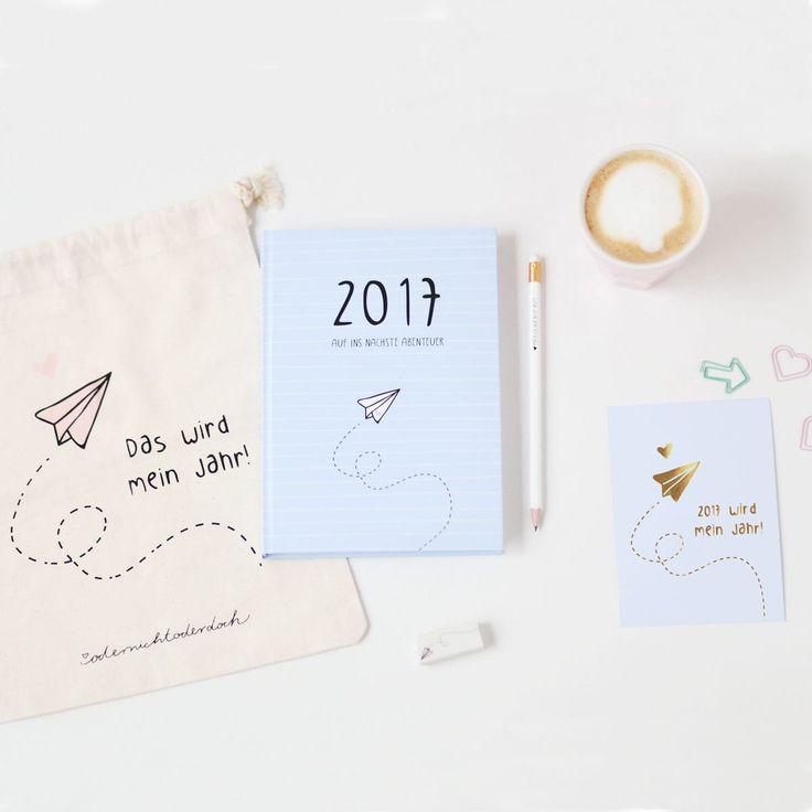 Der Kalender 2017 beinhaltet eine Jahresübersicht, Ferienplaner, Stundenpläne, Jahresvorsätze, To Do Listen, Rezepte, Tipps und viele weitere Extraseiten!