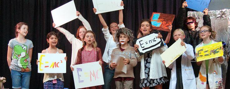 Kinma free school play