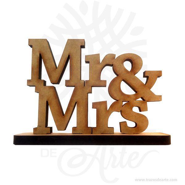 Hermosas letras Mr & Mrs en MDF de 9 mm, cortado con láser.Este es un maravilloso regalo, suvenir; empresarial o para amigos y familiares. Unaletraes cadasigno gráficode un sistema deescritura. Lossignosde variasescrituras, como algunas muy antiguas, son llamadossilabogramas(si describen unasílaba) o logogramas (si reflejan unapalabra, como algunosjeroglíficos). Comosímboloque denota un segmento deldiscurso, las letras se vinculan con lafonética. En un alfabeto fonético…