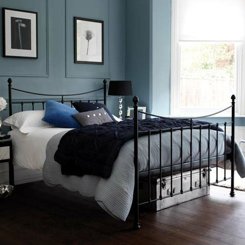17 best images about guest bedroom blue gray and black for Black bed bedroom ideas