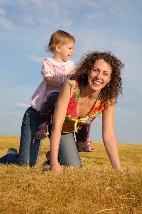 Когда вы вырастете и у вас будут собственные дети, пожалуйста, помните: общение со скучными родителями не доставляет им радости. Ребёнок мечтает и заслуживает вдохновенных и изобретательных родителей.   Рональд Даль «Денни - чемпион мира»