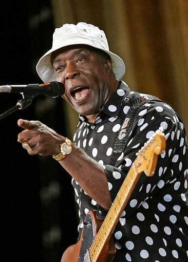 Buddy Guy - one of the greatest guitar players in Blues today!  Fantastic entertainer!!