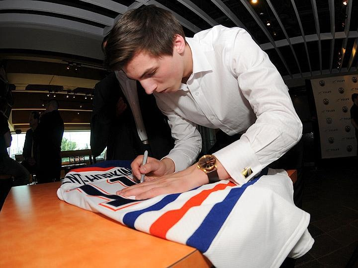 Ryan Nugent-Hopkins Signs First NHL Contract - 02/07/2011 - Edmonton Oilers - Photos